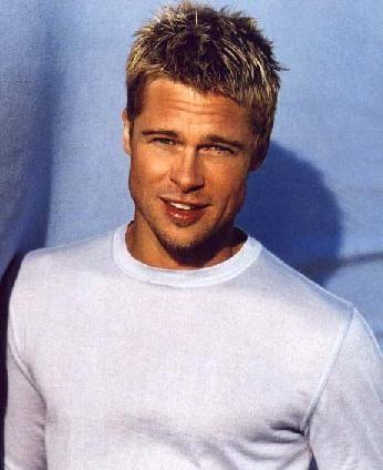 Brad Pitt  Hollywood'un en başarılı aktörlerinden biri olmasının yanı sıra, People dergisine ve birçok kaynağa göre yaşayan en seksi erkek...